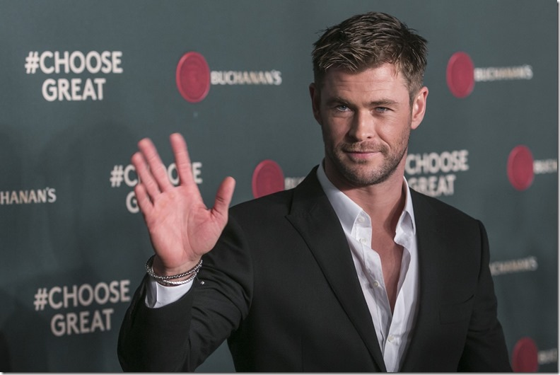 Chris-Hemsworth-Buchanans-2017
